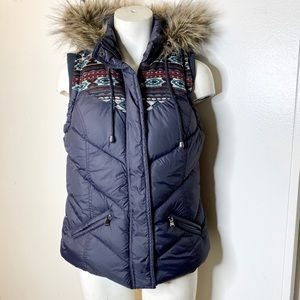 Forever 21 Navy Puffy Vest w Fur Trim Hoodie M
